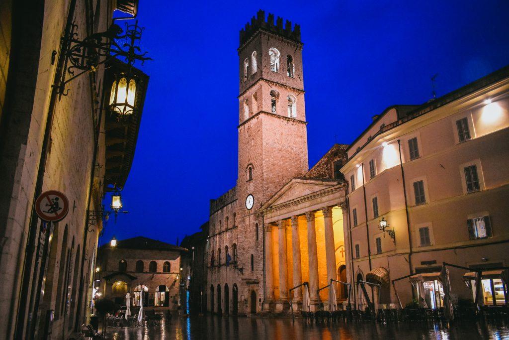 Assisi at night