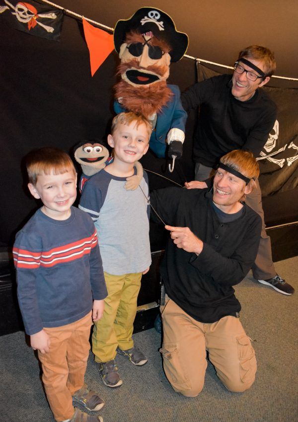 Puppet Showplace Theater- the best puppet shows for kids