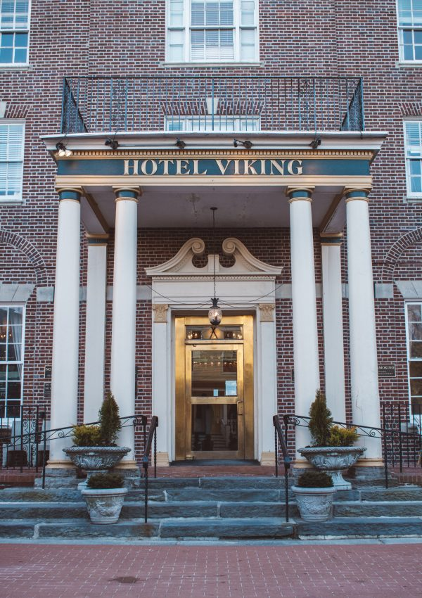 hotel viking in newport